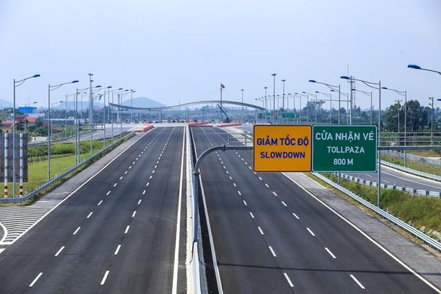 thông xe cao tốc