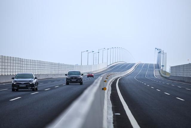 cao tốc hiện đại