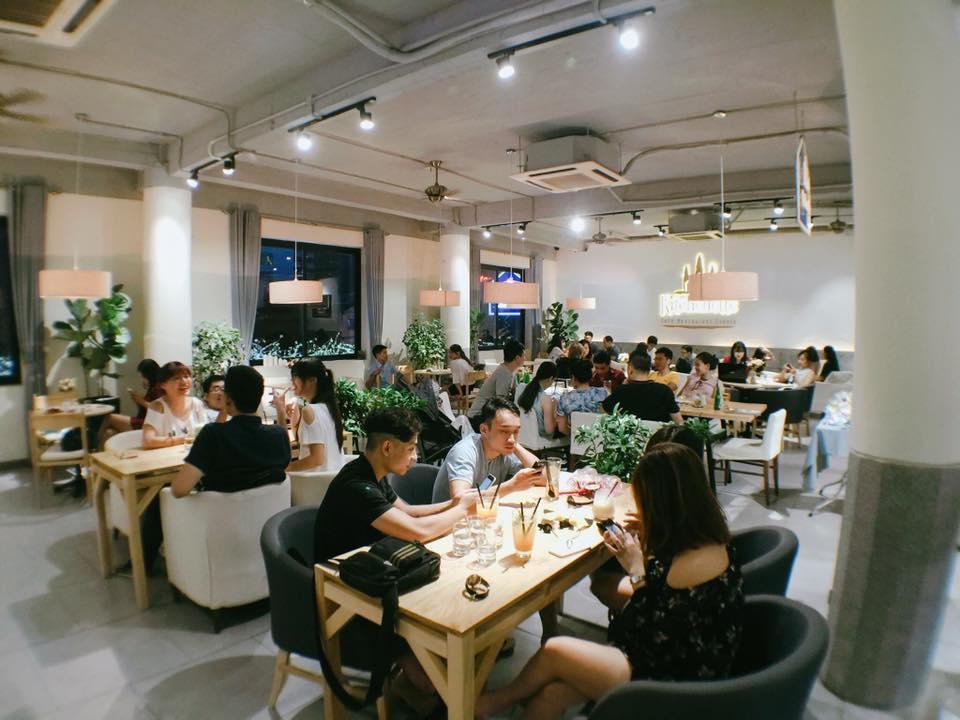 Sang nhượng nhà hàng coffe kiểu Âu Kitchenette cafe ở 52 Nguyễn Chí Thanh