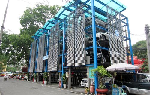Phải có bãi đỗ xe trong quy hoạch khu đô thị, nhà ở cao tầng