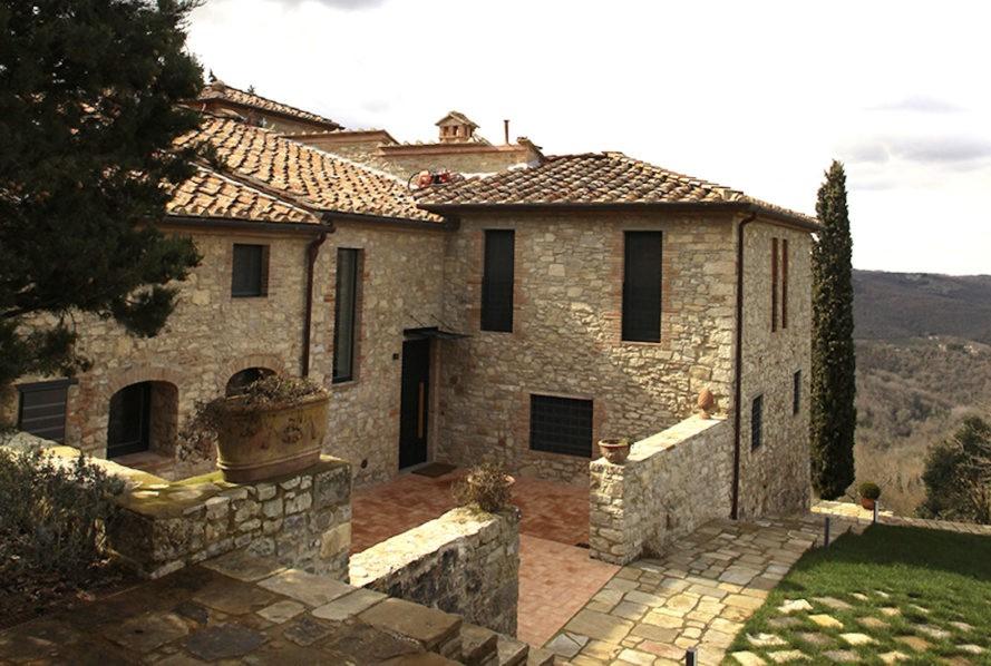 Vẻ đẹp kết hợp giữa cổ điển và hiện đại trong ngôi nhà ở Ý