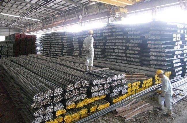 Giá thép trong nước đồng loạt tăng lên mức hơn 12 triệu đồng/tấn