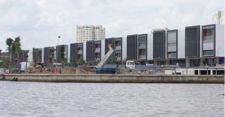 công trình, nhà ở lấn chiếm bờ sông