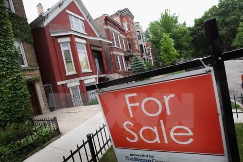 London: Giá nhà giảm lần đầu tiên kể từ năm 2009