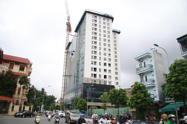 Tòa nhà 8B Lê Trực