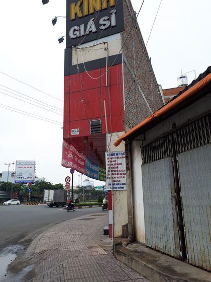 nhà siêu mỏng trên đường phố Tp.HCM