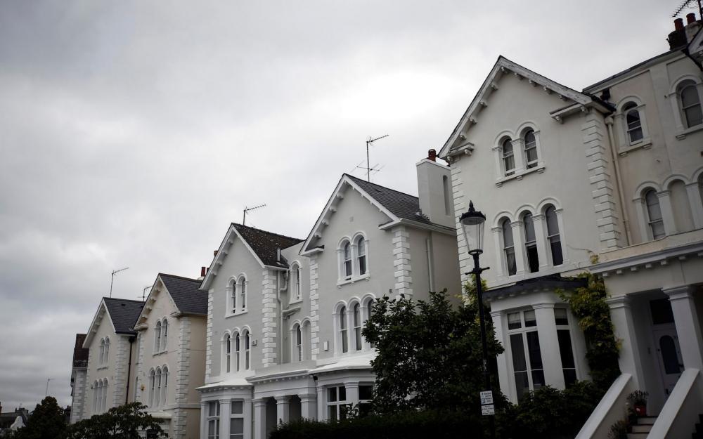 Nhà bị bỏ trống ở Anh