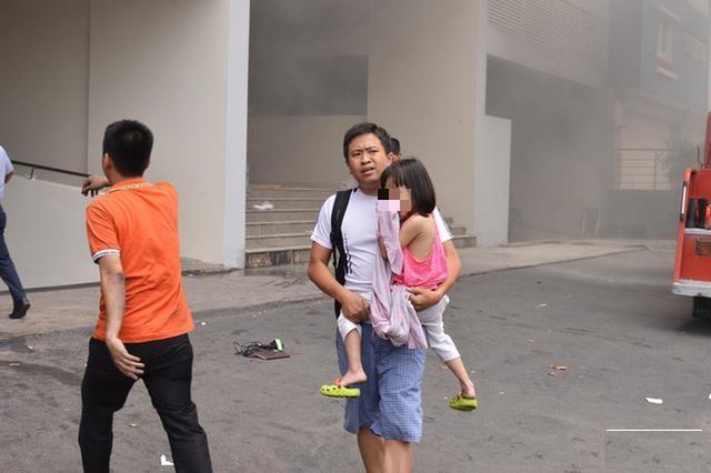 Những kỹ năng cơ bản để thoát hiểm khi cháy chung cư