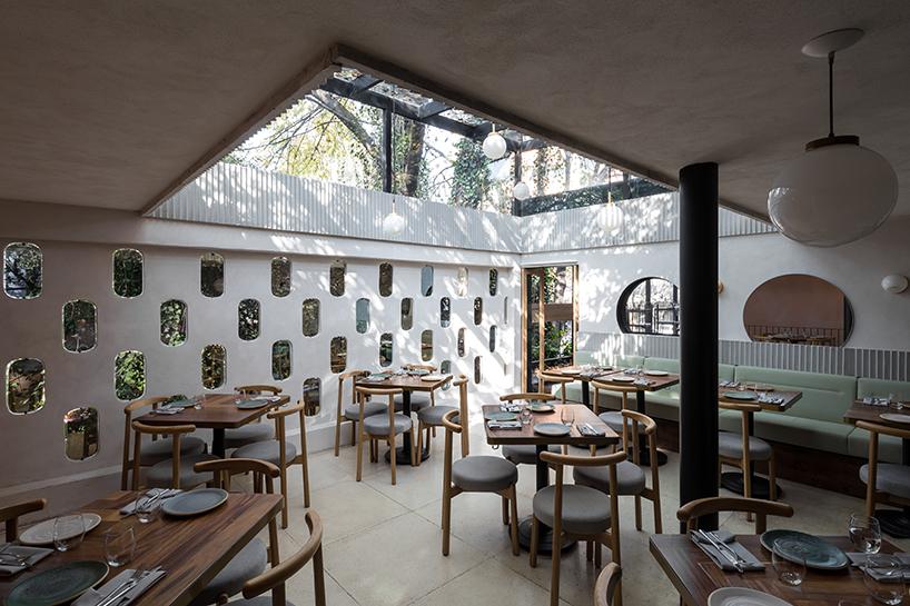 Ghé thăm không gian xanh mát trong nhà hàng ở Mexico City 3