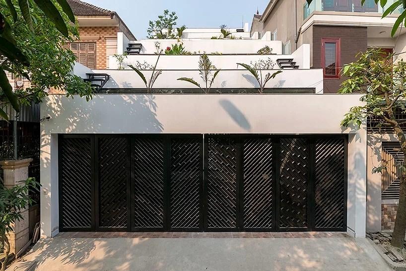 Ngôi nhà có kiến trúc mái hình ruộng bậc thang độc đáo