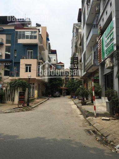 Cho thuê nhà phố nguyễn khánh toàn, 5 tầng, khu chia lô. lh: