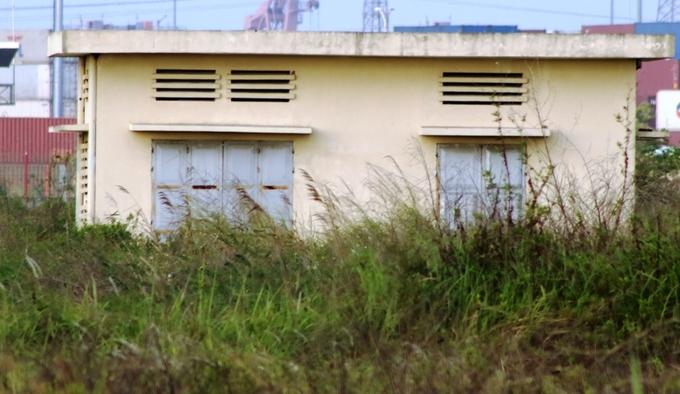 trạm điện bỏ hoang