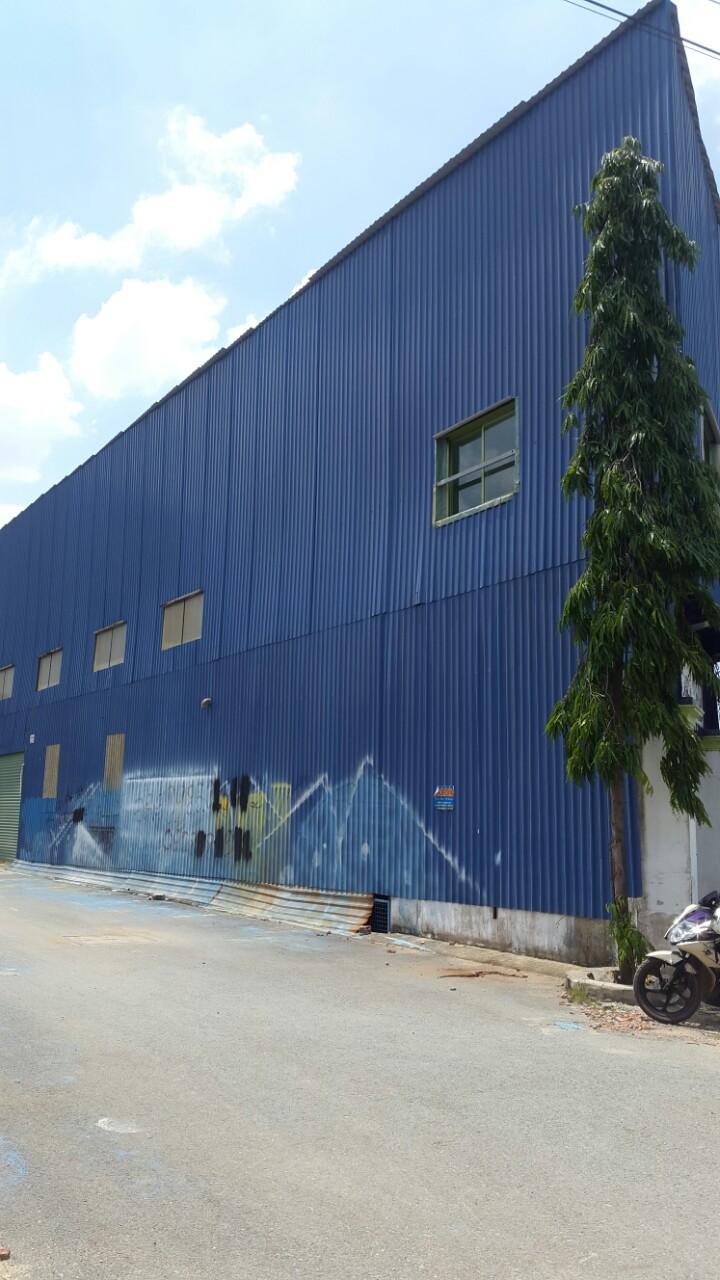 Nhà xưởng bán ngã 3 long trường, quận 9, đã có sẵn nhà xưởng 1 triệt, 1 lầu