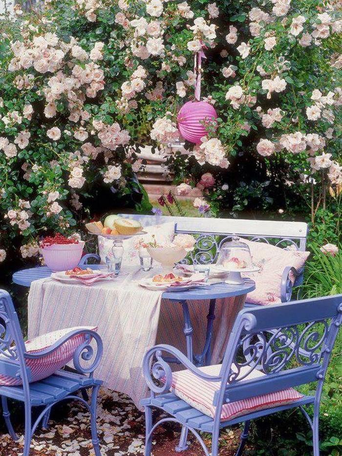trang trí không gian ăn uống ngoài trời đẹp 2