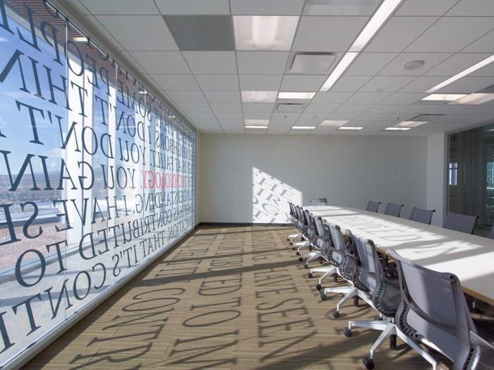 trang trí phòng họp