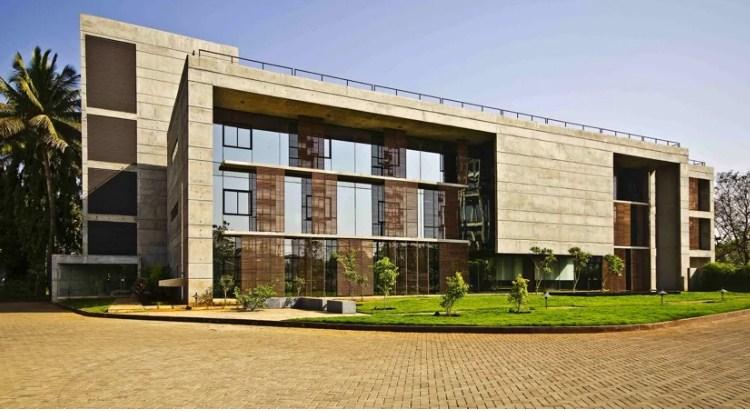 Khu vườn nhiệt đới trong tòa văn phòng ở Ấn Độ