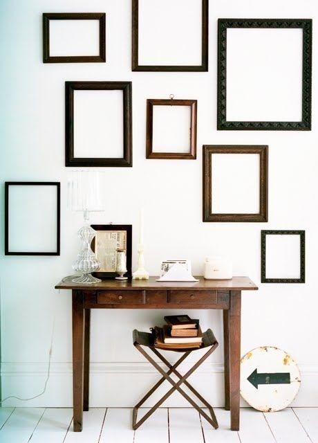 trang trí tường trắng