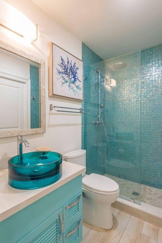 phòng tắm màu xanh ngọc