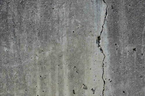 tường bị nứt