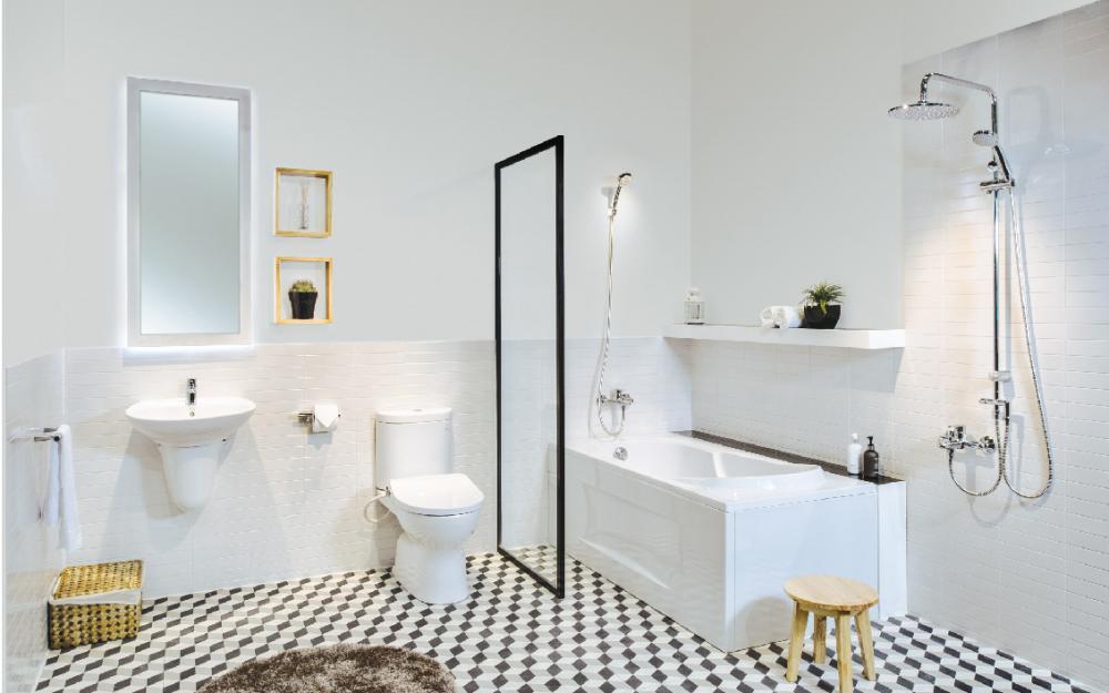 Phòng tắm cần bố trí hệ thống ánh sáng phù hợp, tránh sự tối tăm, u ám
