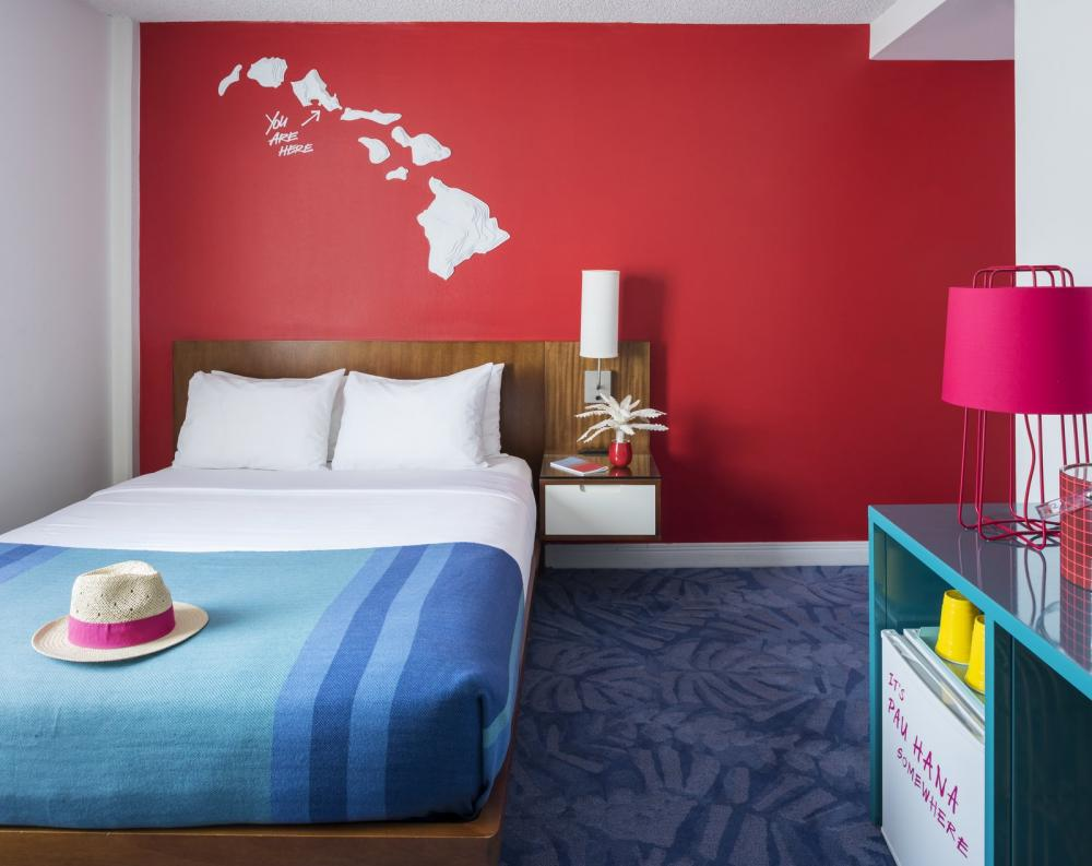 Phòng tiêu chuẩn của khách sạn được bố trí khá đầy đủ nội thất