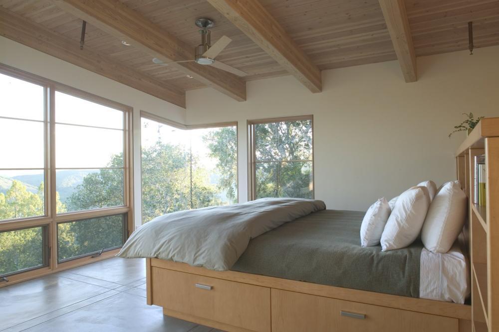 Phòng ngủ với gam màu trung tính nhẹ nhàng, mang lại cảm giác thư giãn, thoải mái