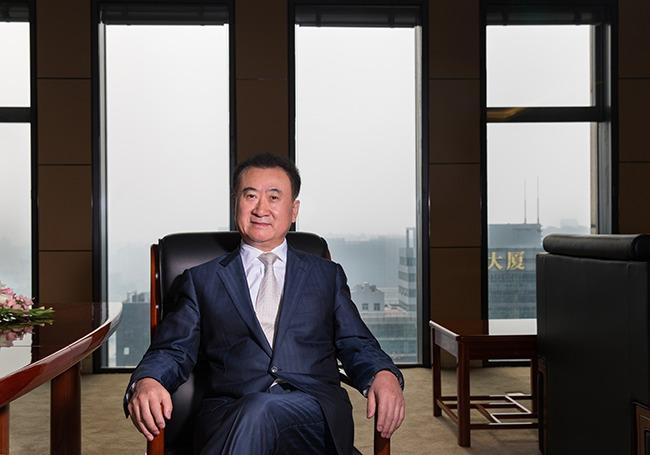 Tỷ phú Wang Jianlin luôn coi nhân viên là yếu tố góp phần nên sự thành công của một doanh nghiệp