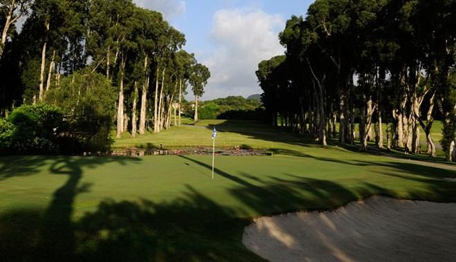 giải tỏa sân golf Fanling