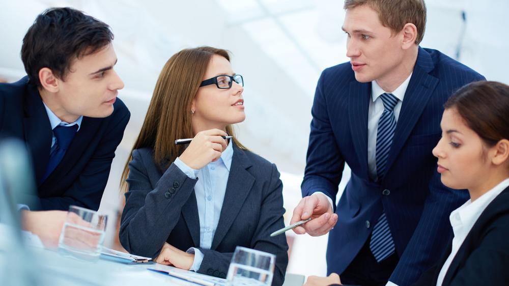 Bạn nên chắc chắn mình có thể giao tiếp tốt với ngôn ngữ thứ 2 khi giao dịch với khách nước ngoài