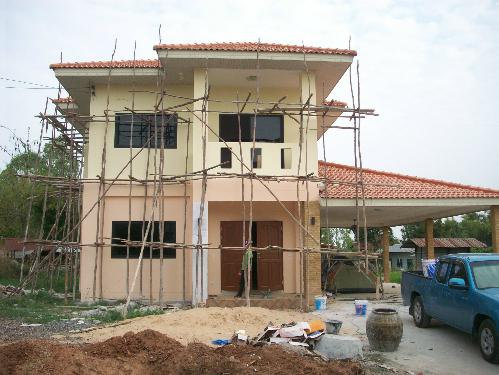xây nhà kéo dài trong 2 năm