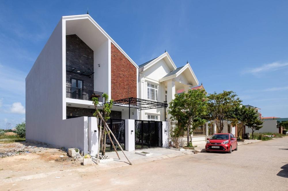 mặt tiền nhà bằng gạch đỏ