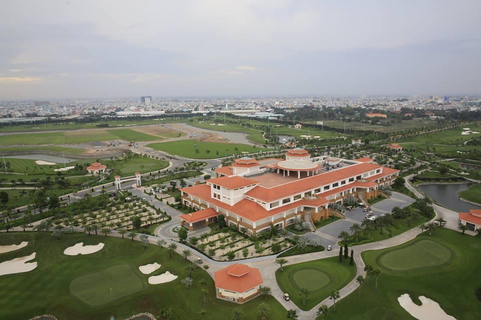 dùng đất sân golf xây nhà để bán