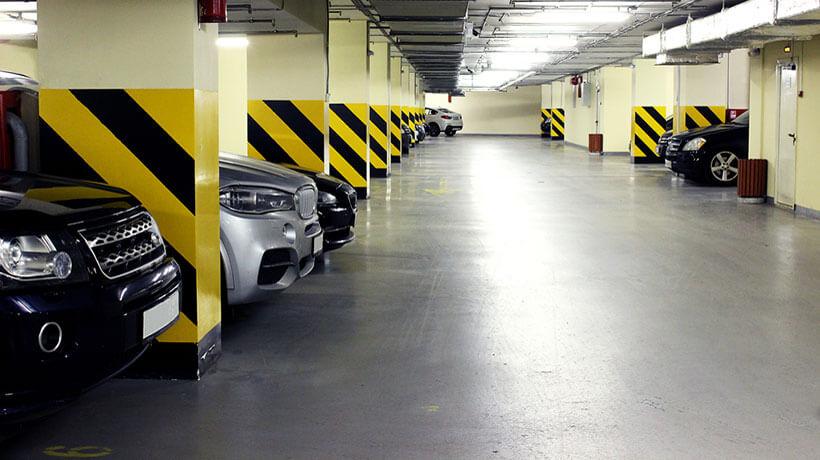Hầm đậu xe rộng rãi