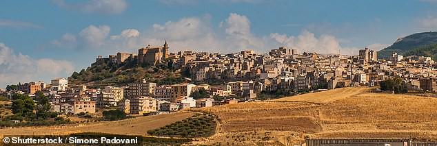 Thị trấn Sambuca
