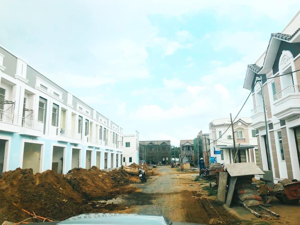 Nhà phố, biệt thự tăng giá sơ cấp 16% chỉ trong 3 tháng