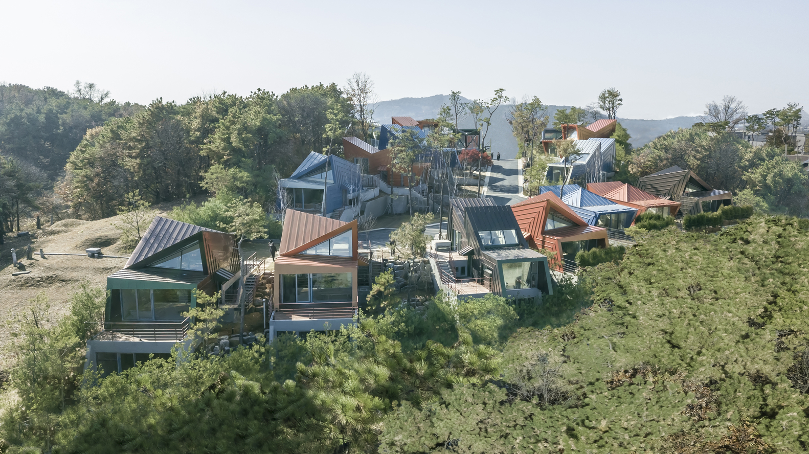 Khu nhà ở đầy màu sắc tại Hàn Quốc