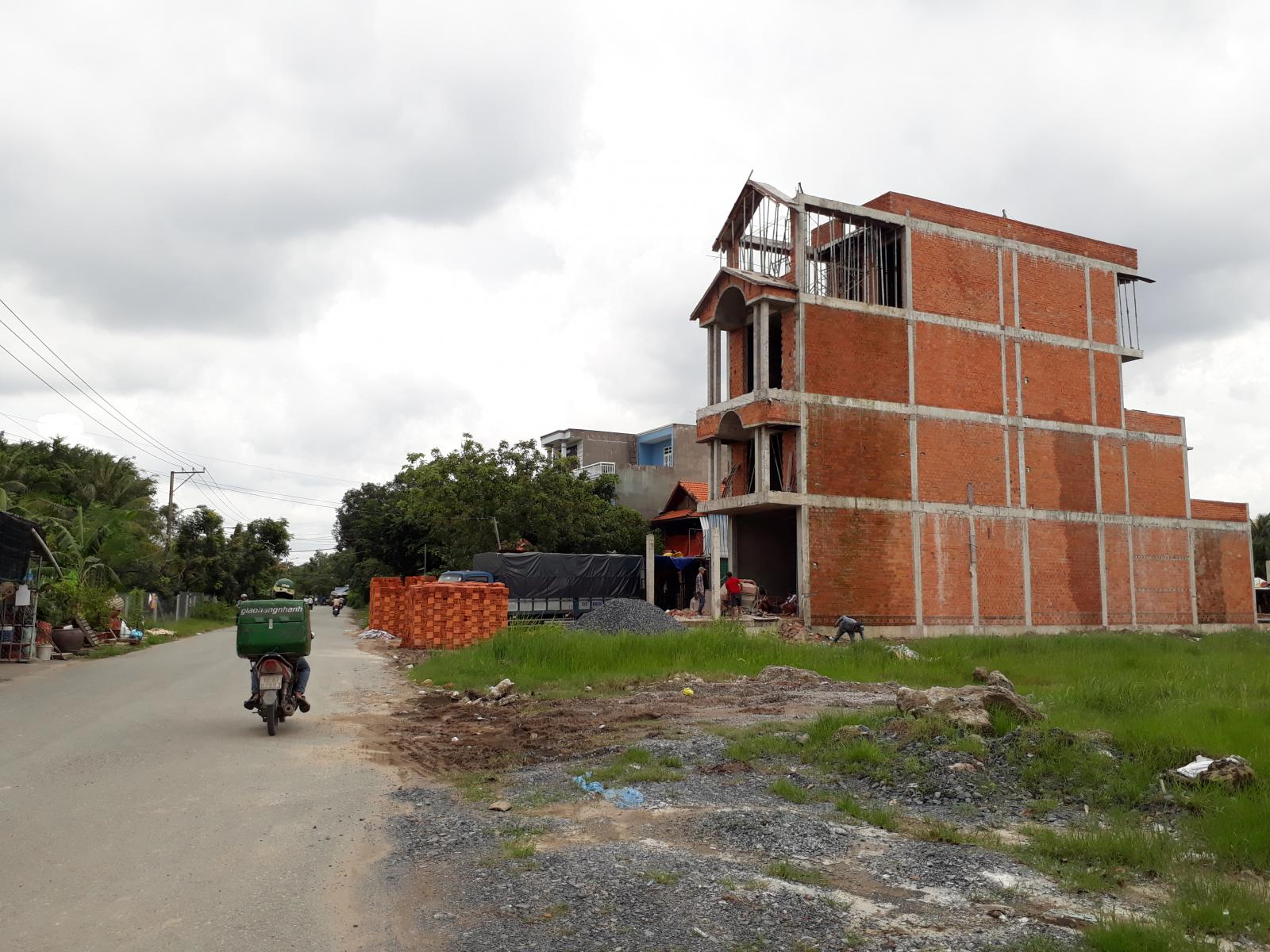 Nhà và đất ở tại Sài Gòn ngày càng khan hiếm