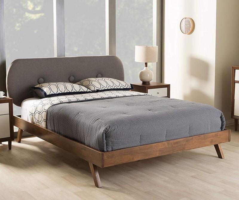 giường ngủ hiện đại pha cổ điển