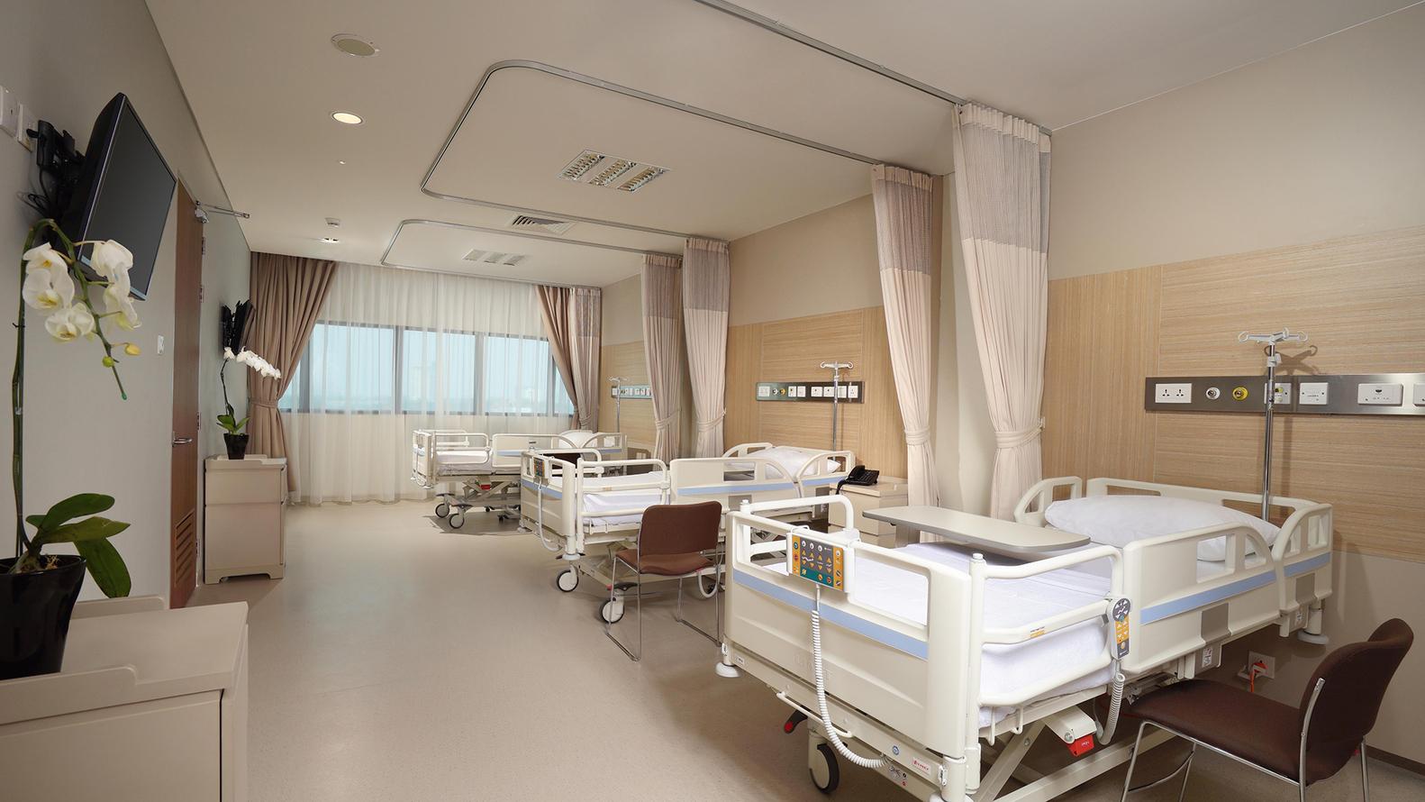 Bệnh viện xanh mướt như công viên