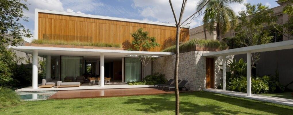 Thăm khu vườn nhiệt đới trong căn nhà hiện đại ở Brazil