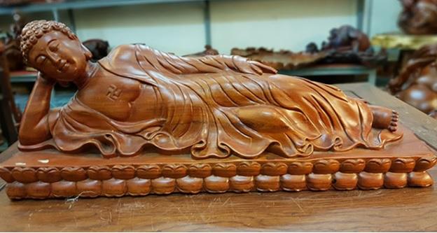 tượng Phật nằm ngủ