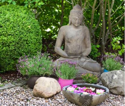 Tượng Phật bằng đá