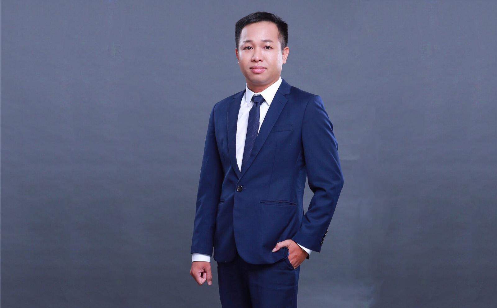 Ông Trần Quang Duy, Phó giám đốc Topbank.vn