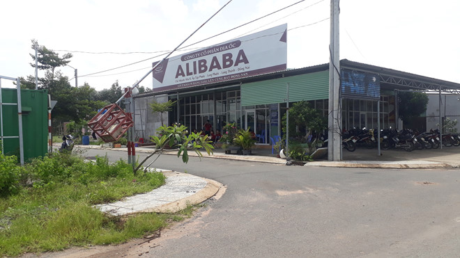 tháo dỡ văn phòng địa ốc Alibaba