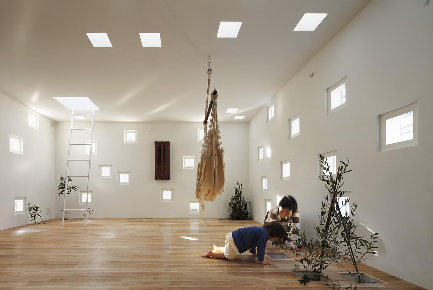 cửa sổ trên sàn