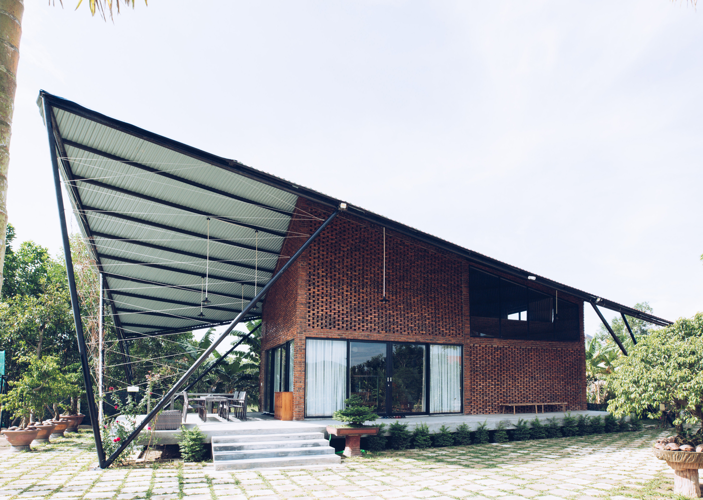 Kite Village House
