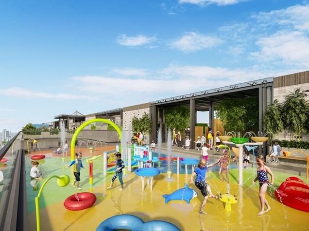 Nhiều em bé đang vui chơi tại một sân chơi nước