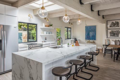 backsplash trong phòng bếp hiện đại