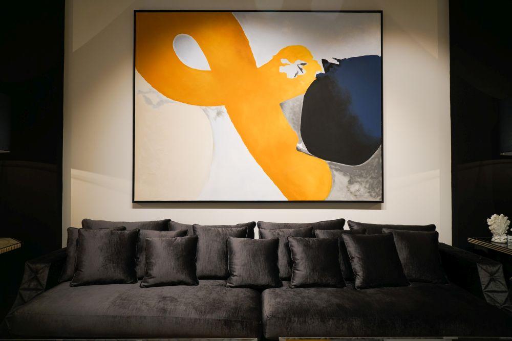bức tranh trừu tượng trên tường