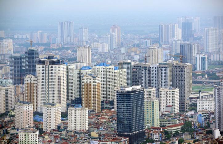 Nhiều tòa chung cư cao tầng san sát trong lòng thành phố